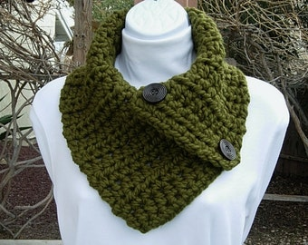 Dark Olive Green NECK WARMER SCARF, Solid Military Green Buttoned Cowl, Wood Buttons, Thick Chunky Crochet Knit..Ready to Ship in 2 Days