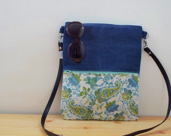 Canvas Tote Bag,tote bag,fabric tote,crossbody bag,zippered bag,blue bag,flowers bag,boho bag, denim tote bag,printed bag,blue tote,bag