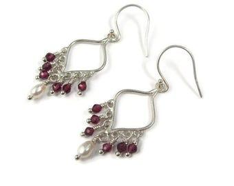 Garnet Earrings, January Birthstone, Pearl Garnet Jewelry, Earrings Garnet Pearl, Dainty Earrings, Dainty Earrings Red, Earrings Boho Pearl