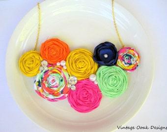 Summer Rosette Statement Necklace, Rosette Bib Necklace,Rosette Necklace,Bridesmaid Necklace,Bridal Jewelry,Fabric Necklace,Fabric Jewelry