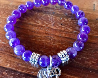 Purple amethyst stretch yoga bracelet with amethyst 8mm gemstone beads and yin/yang and ohm charms