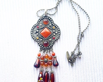 SALE Retro/Vintage style red/orange/amber medallion necklace metal and leather