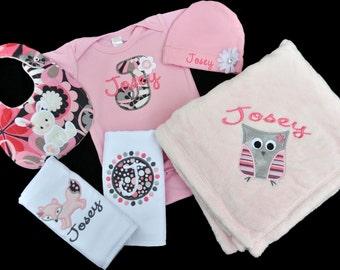 Personalized Woodland Creatures Baby Girl Gift Set / Bodysuit, Cap with Flower, Blanket, 2 Burpcloths and Bib / Owl Bunny Fox