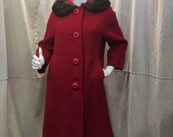 50s 60s Fur Collar Red Swing Coat Mod Style// Ruby Lined Mid Length Women's Small Medium