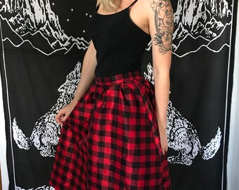 Vintage high waisted skirt
