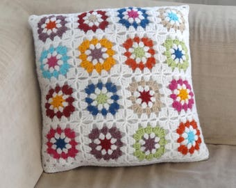Crochet and fabric pillow cover / white