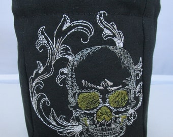 Flourish Skull dice bag, role playing, Dungeons and Dragons, D and D, RPG, polyhedral dice, drawstring bag, pouch, tabletop, gamer