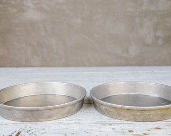 "Set of 2 vintage 9"" Cake Pans-Food Photography Prop"