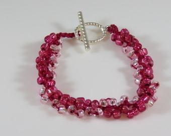Light and dark pink bead crochet bracelet