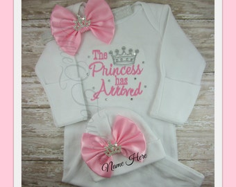 Baby girl coming home outfit, Newborn baby girl take home outfit, infant gown, hospital gown,Newborn  baby hat, The Princess has arrived