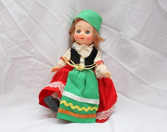Vintage Dolls of All Nations, Italy