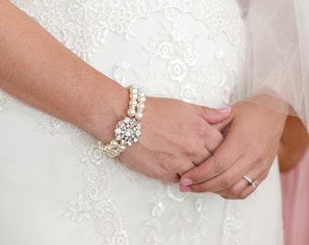 pearl Bracelet swarovski crystal bridal bracelet pearl and crystal Statement Bracelet Rhinestone Bracelet wedding bracelet pearl SAVANNAH