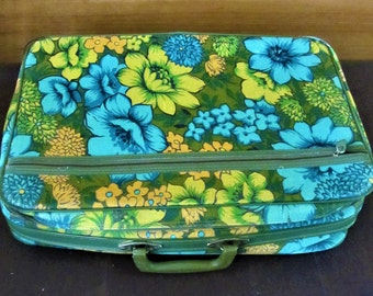 Luggage Suitcase Bantam Travelware Blue Floral Paisley Mid Century