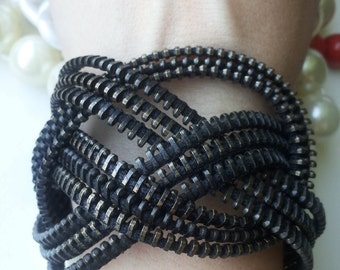 Knot bracelet Rocker jewelry Zipper bracelet Industrial jewelry Black bracelet Steampunk bracelet Creative jewelry love knot bracelet