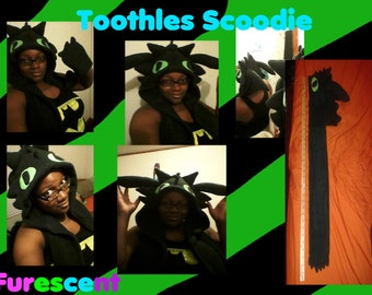 TOOTHLESS SCOODIE scarf hoodie from How To Train Your DRAGON
