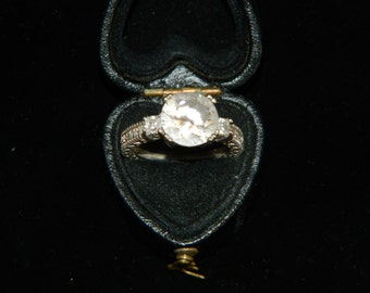 Large Solitare ring