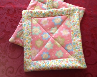 Handmade Quilted Pot Holders with  Reproduction Fabrics