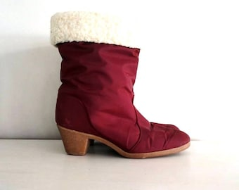 vintage snow boots : BERRY FLUFF cranberry red