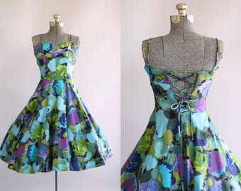 Vintage 1950s Dress / 50s Cotton Dress / The Hawaiian Shop Bright Watercolor Print Dress w/ Open Back S