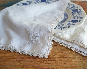 Set of Two Vintage White Cotton Napkins with Embroidery and Lace Tatted Edges
