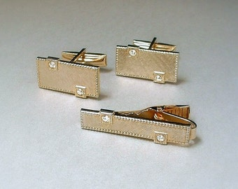 MODERNIST Mens CUFFLINKS Gold Tie Clip RHINESTONES Wedding Accessories c.1950s, Men's Vintage Jewelry. Gift for Him