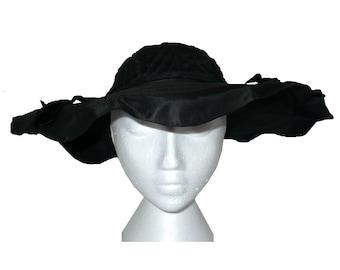 Curves Ahead! Vintage 1930's Wide Brim Hat