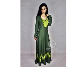 "Linen dress, fantasy medieval gown chemise kirtle gown , Siggy "" Vikings "" , Lagherta dress"