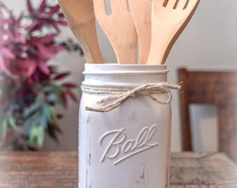 Rustic Farmhouse Distressed Utensil Jar, Home Decor, Farmhouse Decor, Rustic Decor, Vintage Decor, Farmhouse Kitchen, Country Kitchen