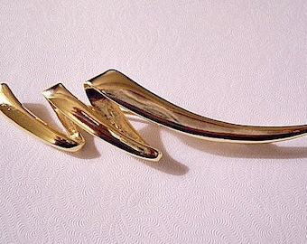 Swirl Zig Zag Pin Brooch Gold Tone Vintage Large Wide Smooth Band Abstract Wavy Ribbon