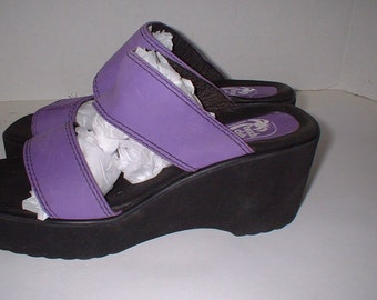 REDUCED Beach Club Purple Strappy Platform Sandals Shoes Size 7 M ExC