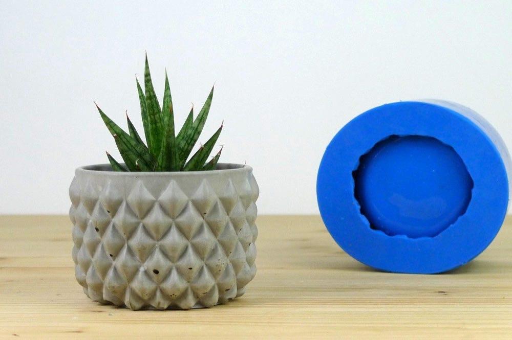 silikonform f r beton beton blumentopf schimmel beton. Black Bedroom Furniture Sets. Home Design Ideas