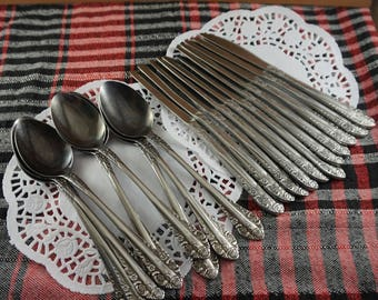 SET of 22 Vintage spoon Vintage silverware Collectible spoon Vintage kitchen decor Anniversary Gift|For|Parents Vintage knives Vintage gift