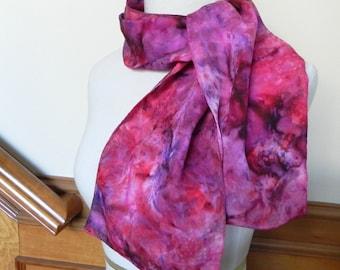 Lange Jacquard Seidenschal Hand gefärbte in Schattierungen von rot und violett, Seide Schal #338, bereit zum Schiff