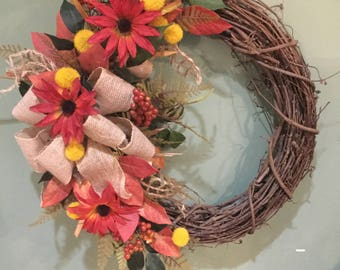 FARMHOUSE LEAVES & BERRIES Wreath