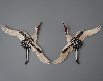 Set of 2 Red crowned Crane Embroidered Iron On Sew-on Patch Ivory Color Applique