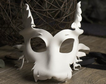 Leather Wolf Mask for Men and Women in White