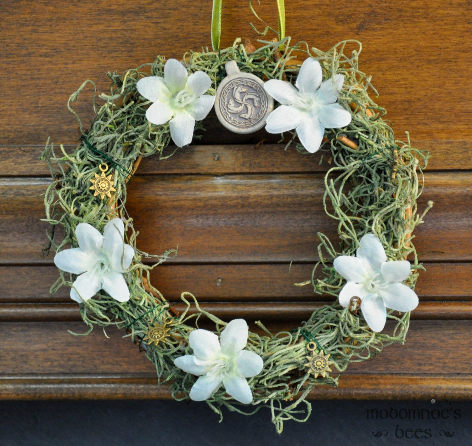 Rohan Simbelmyne Ringwreath Tolkien Inspired Wreath Featuring White