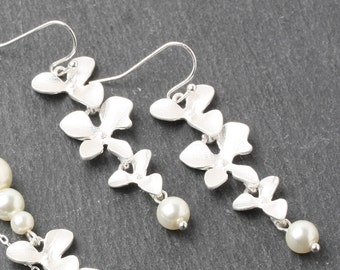 Ivory pearl earrings silver orchid Bridesmaid earrings ivory wedding jewelry triple orchid earrings Bridesmaid gift, ivory orchid earrings