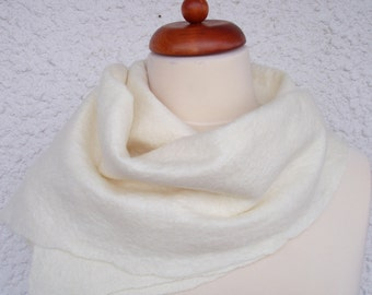 Felted scarf, silk merino cashmere, felt scarf, felt shawl, wrap, wool scarf, white scarf, luxury shawl, cream white,felted shawl,53x18.5 in