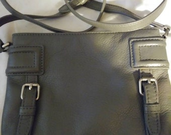 Authentic Cole Haan Fine  Designer Leather Crossbody Purse