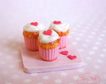 Pink Muffins with hearts realistic miniature food for dollhouse