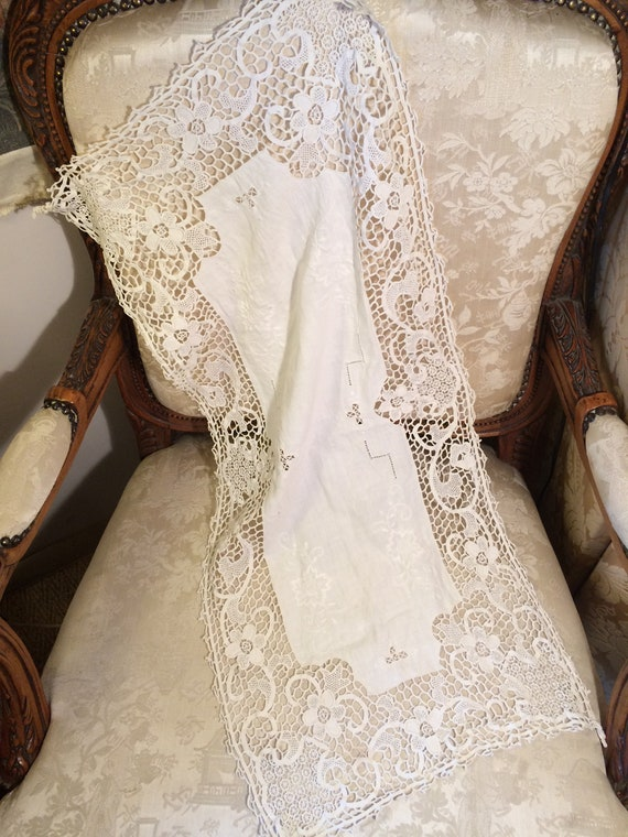 Embroidered lace edwardian runner. 32x14 inches. Pretty. Strong