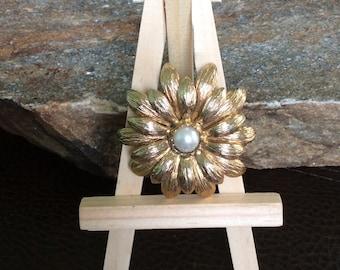 Wedding Bouquet Brooch, Gold Tone Flower Brooch, Wedding Accessory