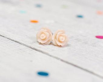 Peach Pink Flower Earrings | Pastel Jewellery | Wedding Jewellery | Bridesmaid Earrings