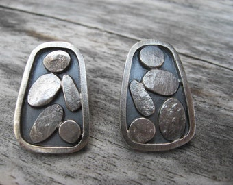 Sterling silver cobblestone post earrings by Lisa Colby Metalsmith (E53)
