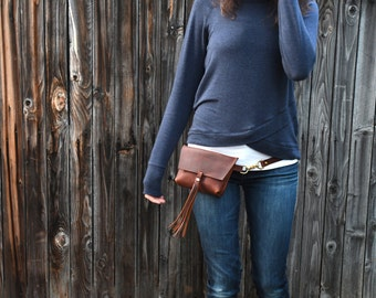 The Bogotá - Hip Bag with Tassel in Rustic Red Kodiak Leather