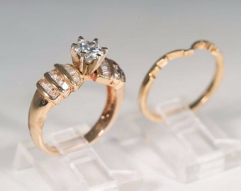 14kt Yellow Gold Engagement Two Piece Set. 1.5ct TW. Center stone 0.75 ct. G SI
