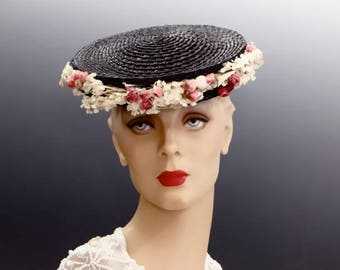 Black Straw Tilt Hat Platter with Tiny Pink Rose Posies - 1940's Vintage Glamour Accessories