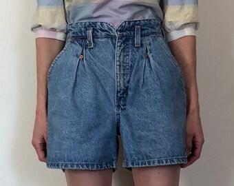 1980s vintage high waist pleated denim shorts