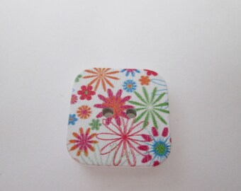 x 5 square wood 17 x 17 mm floral buttons